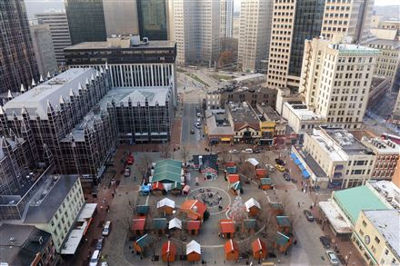 The view of the holiday market at Market Square from the 17th floor of Tower Two Sixty on Forbes Avenue in Downtown from December 2015.