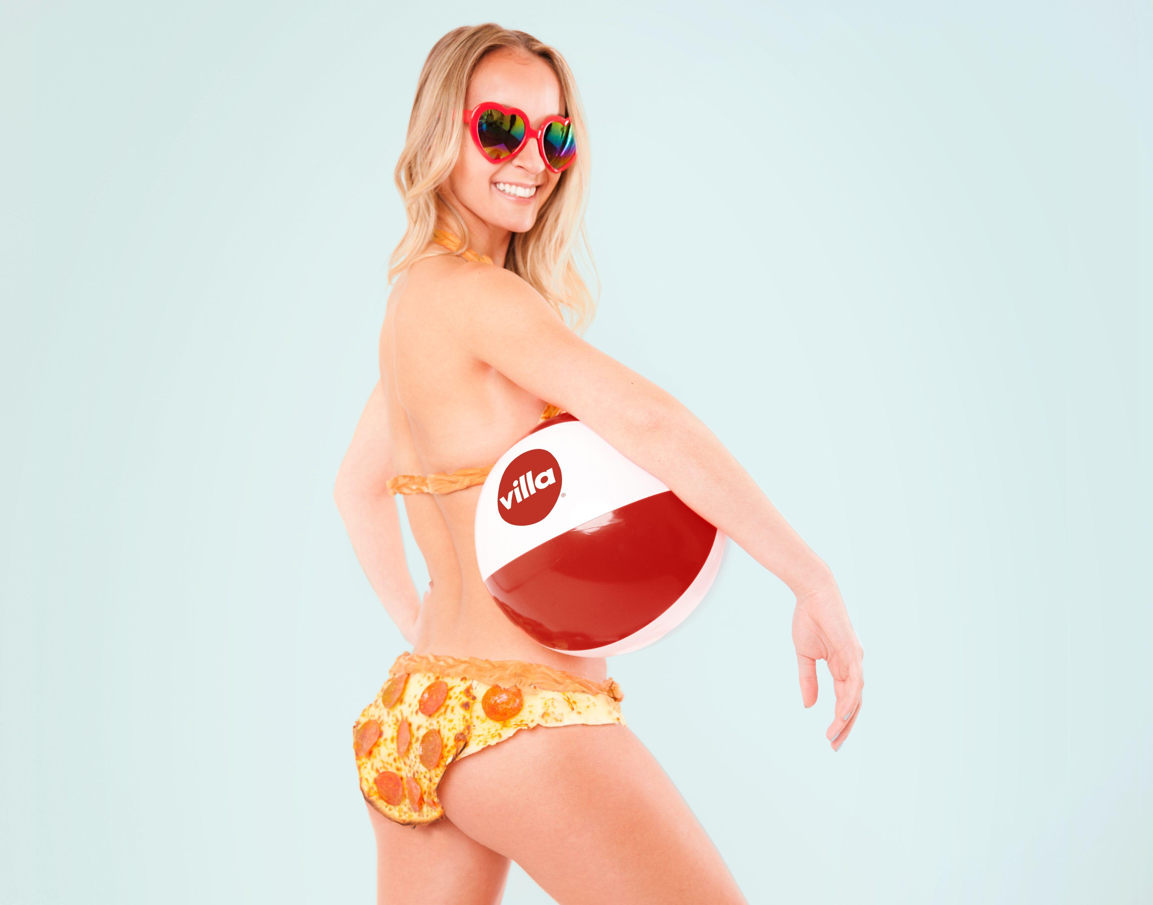 Αποτέλεσμα εικόνας για «Pizza-kini» National Bikini Day