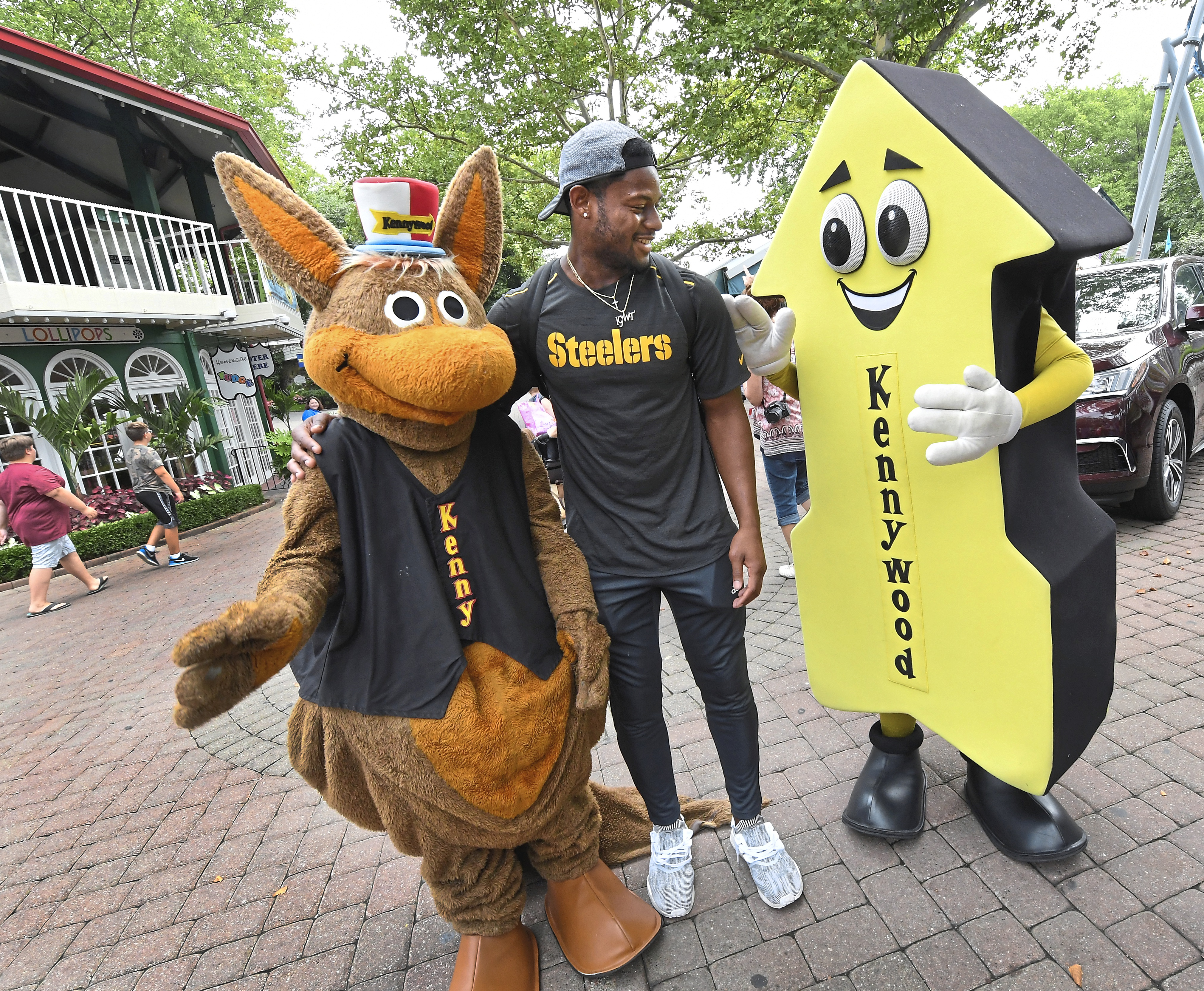 6cde7507 A tour of Pittsburgh with JuJu Smith-Schuster | Pittsburgh Post-Gazette