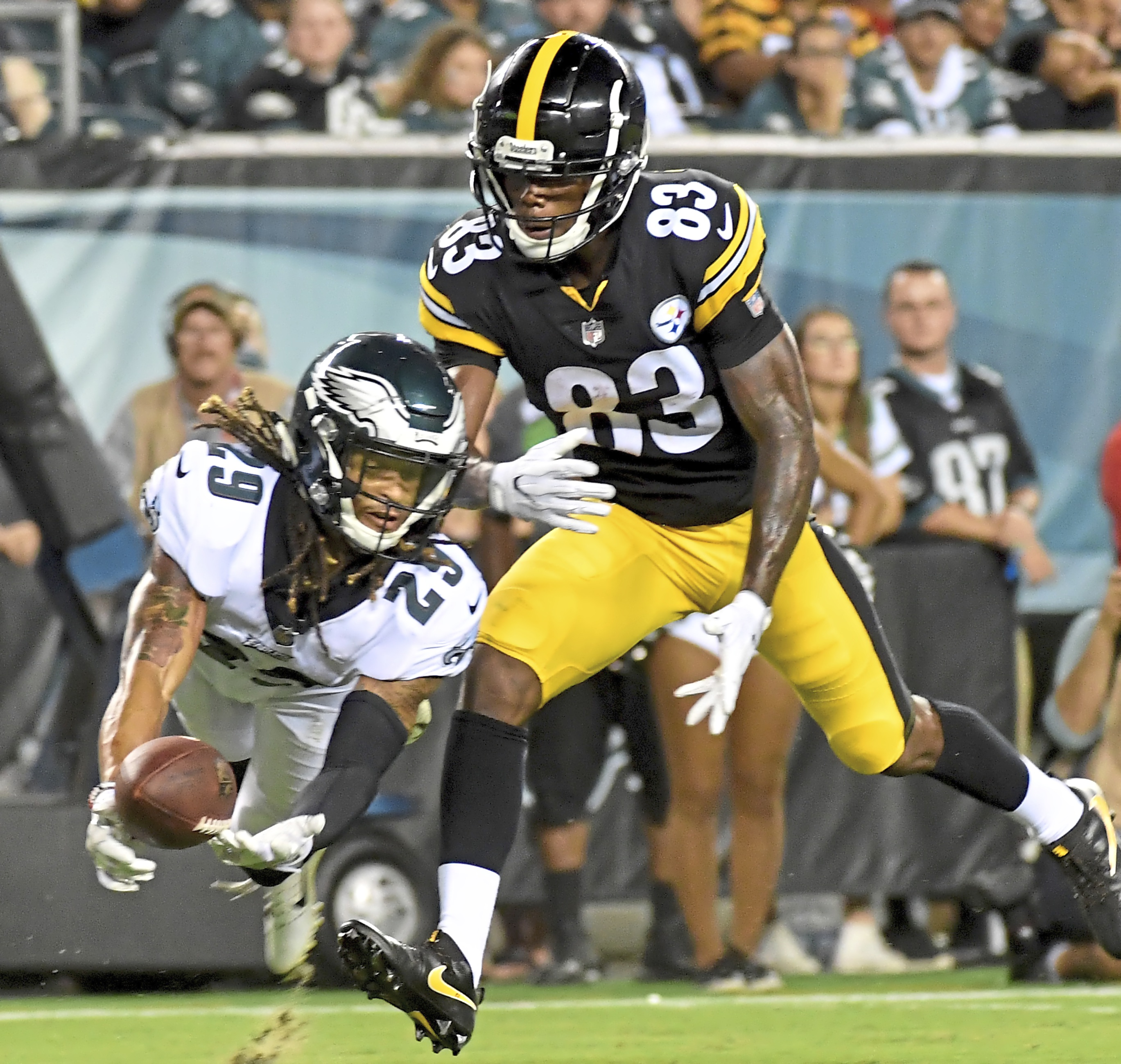 0a0917779 Eagles cornerback Avonte Maddox breaks up a pass intended for Steelers wide  receiver Damoun Patterson in the third quarter of a preseason game Aug.