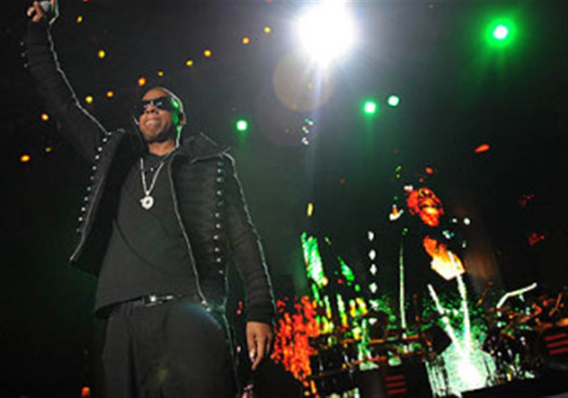 Concert review jay z shows arena crowd why hes on top rapper jay z performs tuesday as the blueprint 3 tour came to mellon arena with malvernweather Images