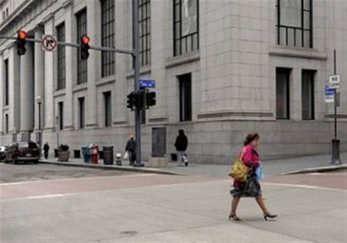 pnc to purchase vacant lord taylor building in downtown the former lord taylor and mellon bank building at smithfield street and fifth avenue