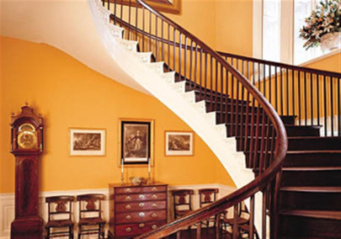 In The Cantilevered Staircase At The Nathaniel Russell House, Each Step  Supports The One Above