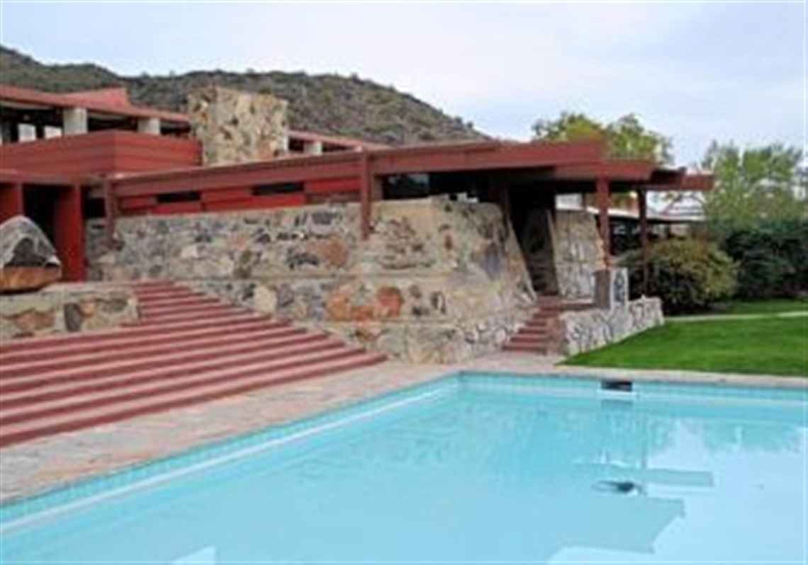 Frank Lloyd Wright Design Philosophy taliesin west shows how architect, frank lloyd wright, built in