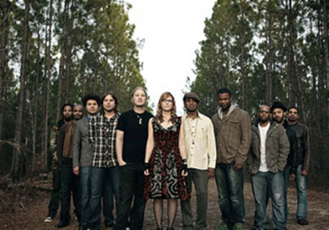 tedeschi trucks band becomes a backyard project for a couple of