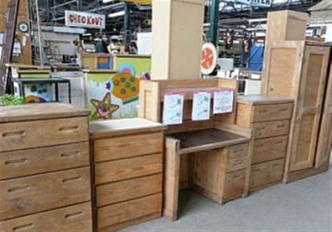 A pretty good deal on some pretty good furniture at Construction