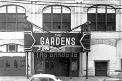 Duquesne Gardens was demolished in 1956. But on a February night in 1952, it was alive and throbbing for unbeaten Duquesne vs. unbeaten St. Bonaventure.