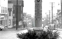 The World War I memorial on Main Street, Mount Pleasant, circa 1950.