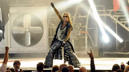 MotleyCrue01282014 Vince Neil leads Motley Crue in a First Niagara Pavilion concert.