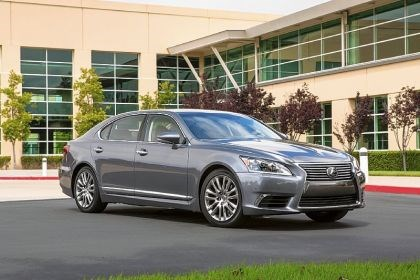 2014 Lexus The 2014 Lexus LS460 is a handsome, traditionally styled four-door sedan. It was priced at $75,080 as tested.