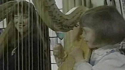 A WTAE video image of Gretchen Van Hoesen and daugher Heidi A WTAE video image of Gretchen Van Hoesen and her daughter, Heidi, playing harp together about 20 years ago.