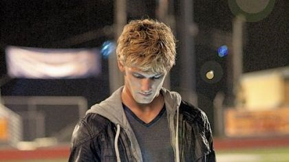"Alex Pettyfer Alex Pettyfer as John in ""I Am Number Four"""