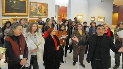 Amir Parsa, director of the Museum of Modern Art's Alzheimer's Project Amir Parsa, director of the Museum of Modern Art's Alzheimer's Project, takes volunteers who will lead tours here for persons with that disease or other dementias through the Scaife Gallery at the Carnegie Museum of Art.