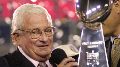 Art Modell Baltimore Ravens owner Art Modell, who died this morning, is seen with the Vince Lombardi Trophy after the Ravens beat the New York Giants, 34-7, in Super Bowl XXXV on Jan. 28, 2001.
