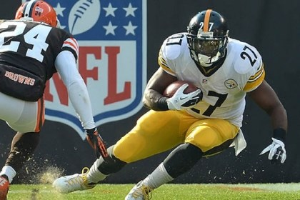 Athletes pay taxes Steelers Jonathan Dwyer makes move up field on the Browns Sheldon Brown. Athletes pay taxes when they play, even where they are not residents.
