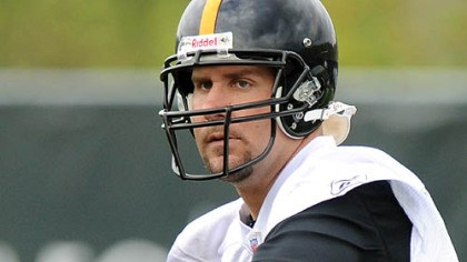 Ben Roethlisberger Ben Roethlisberger works out yesterday at the Steelers' South Side practice facility in the team's first spring session.