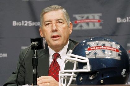 Big 12 football Big 12 Conference commissioner Bob Bowlsby addresses the media at the beginning of the Big 12 Conference Football Media Days Monday in Dallas.