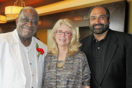Bill Robinson with and Dana and Franco Harris Bill Robinson with and Dana and Franco Harris.