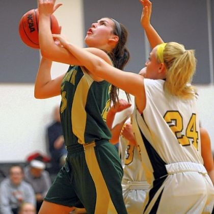 BlackhawkMontour.jpg Blackhawk's Courtney Vannoy goes up for a shot against Montour's Taliah Banal.