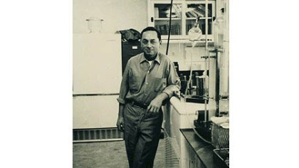 Bob Phillips A 1964 photo of Bob Phillips in Dr. Starzl's laboratory.