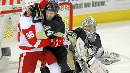 Brooks Orpik Brooks Orpik, right, and the Penguins got to know the Red Wings pretty well after two consecutive matchups in the Stanley Cup finals in 2008 and '09. The Penguins won this one == in '09 == four games to three.