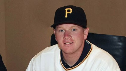 Brooks Pounders The Pirates agreed to terms with right-handed pitcher Brooks Pounders, who was selected by the club in the second round of this year's draft.