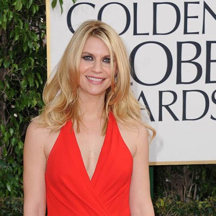 Claire Danes on red carpet Golden Globe winner Claire Danes wore a candy apple red Versace gown.