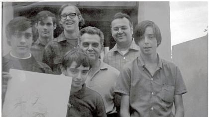 Comic-Con originator recalls event's modest beginnings Photo of the very first committee members of the San Diego Comic-Con (except for Mike Towry, who is not pictured). It was taken in the fall of 1969 at the home of Jack Kirby. 