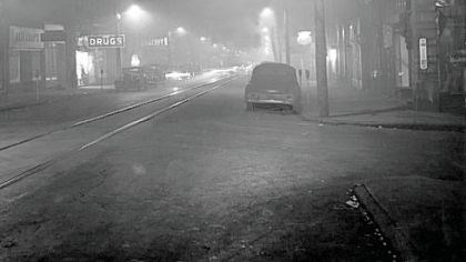 Donora during 1948 inversion Deadly pollutants were trapped by an air inversion.