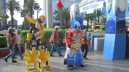 Entertainers dressed as pop culture characters Entertainers dressed as pop culture characters -- here they are Transformers -- troll for tips on the Strip.