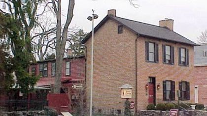 Farnsworth House Inn photo Farnsworth House Inn in Gettysburg is said to be haunted by no fewer than 14 ghosts, making it the seventh-most-haunted inn in America.