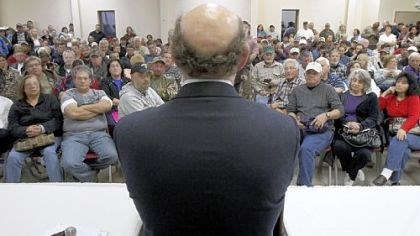 Feinberg Kenneth Feinberg answers concerned citizens' questions during a town hall meeting in Grand Isle, La., about the impact of BP's Deepwater Horizon explosion that killed 11 men and caused an environmental calamity along the Gulf Coast in 2010.