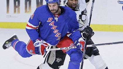 Game 4 photo New York Rangers' Jason Strudwick, left, battles to clear the puck against Pittsburgh Penguins' Georges Laraque in the first period during Game 4 of an NHL Eastern Conference semifinal hockey playoff series Thursday, May 1, 2008 at Madison Square Garden in New York.