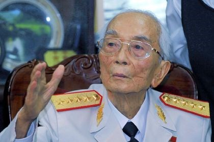 Gen. Vo Nguyen Giap Gen. Vo Nguyen Giap (in 2008): Legendary general who led Vietnam to victories against the French and then the Americans has died at age 102.