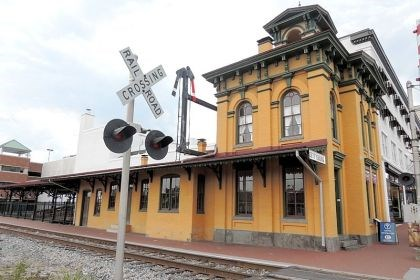 gettys station Gettysburg leaders stepped in to rehabilitate the decaying Lincoln Train Station in 2006 at a cost of $2.8 million, which was paid for with a combination of state grants, federal funding and private contributions.