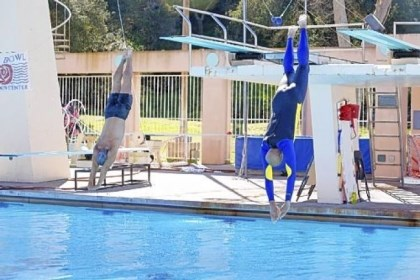 "Greg Louganis and Kareem Abdul-Jabbar Coach Greg Louganis, left, schools former NBA great Kareem Abdul-Jabbar in the fine art of diving in the new reality show ""Splash,"" premiering Tuesday on ABC."