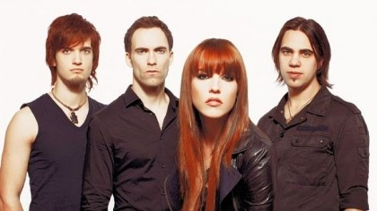 Halestorm Halestorm's members are Arejay Hale, Josh Smith, Lzzy Hale and Joe Hottinger.