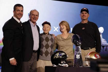 Harbaugh family San Francisco 49ers head coach Jim Harbaugh, right, and Baltimore Ravens head coach John Harbaugh, left, pose with their parents, Jack and Jackie, and grandfather Joe Cipiti during a news conference.