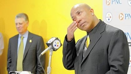 Hines Ward A tearful Hines Ward speaks at a press conference Tuesday at the Steelers offices on the South Side announcing his retirement from football. Steelers President Art Rooney stands in the background.