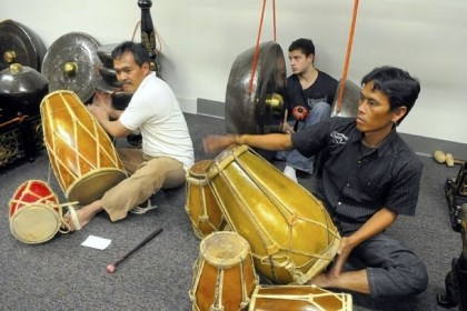 Indra Ridwan, left, Steve Magreni and Suherlan Indra Ridwan, left, Steve Magreni and Suherlan rehearse with the University of Pittsburgh gamelan.