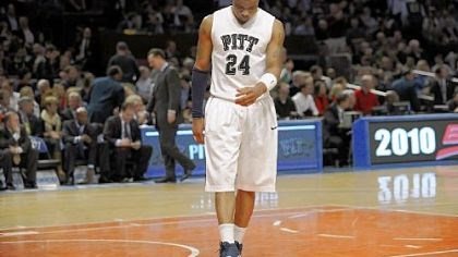 Jermaine Dixon Guard Jermaine Dixon was Pitt's only returning starter from the 2008-09 team.