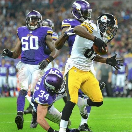 Jerricho Cotchery The Steelers' Jerricho Cotchery catches a touchdown pass from Ben Roethlisberger in the fourth quarter against the Vikings.