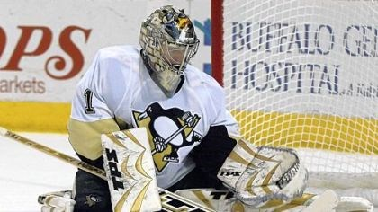 John Curry The Penguins are trying to re-sign restricted free agent goaltender John Curry.