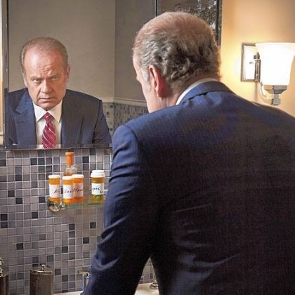 "Kelsey Grammer on ""Boss"" Chicago Tom Kane (Kelsey Grammer) from the Starz series ""Boss."" He is taking medicine for a fatal degenerative condition."