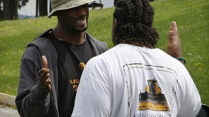 Limas Sweed and Willie Colon Steelers wide receiver Limas Sweed, left, greets offensive lineman Willie Colon as they arrive at training camp.