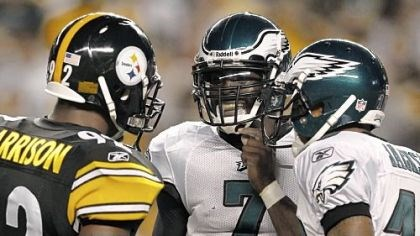Linebacker James Harrison Linebacker James Harrison talks with Eagles quarterback Michael Vick and receiver DeSean Jackson between plays in the second quarter Thursday night.