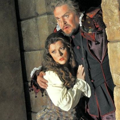 Lyubov Petrova and Mark Delavan Mark Delavan as Rigoletto and Lyubov Petrova as his daughter Gilda.