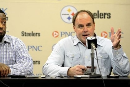 Mike Tomlin and Kevin Colbert Steelers head coach Mike Tomlin and general manager Kevin Colbert discuss their options on the upcoming draft at a press conference on the South Side Monday.