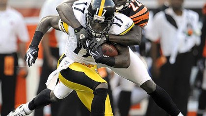 Mike Wallace Steelers wide receiver Mike Wallace caught seven passes for 102 yards Sunday in Cincinnati.