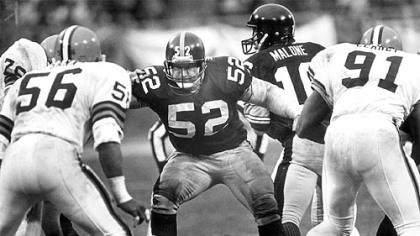 Mike Webster How Mike Webster is best remembered: In the middle of the line, taking on all comers, protecting his quarterback. The Iron Man played 15 seasons with the Steelers but ended his career with the Kansas City Chiefs.